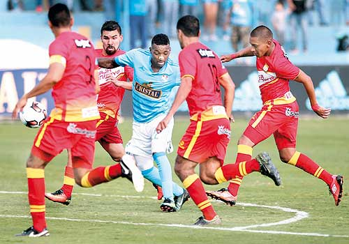 Sporting Cristal - Sport Huancayo